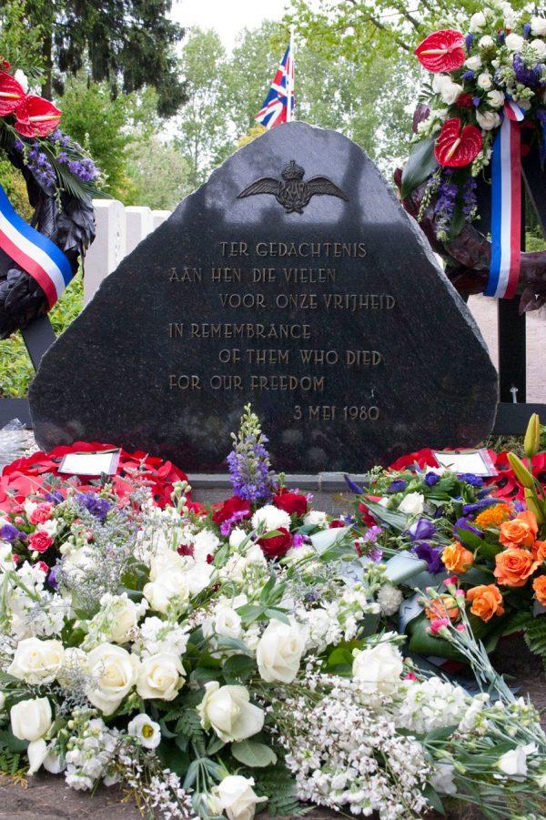 Nieuw Dordrecht memorial stone