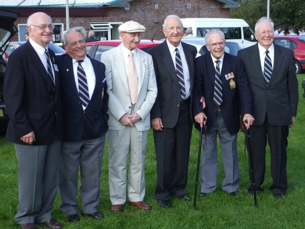 Rusty Waughman DFC AFC and surviving crew members 2008