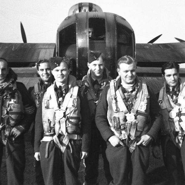 Crew 1662 OCU prior to joining 101 Squadron